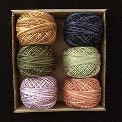 Giroflée - emporté - taille coton 8 et taille 12 - coton taille perle Valdani, par Carrie Golias 3d7442