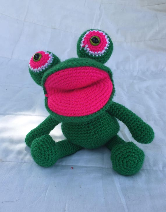 Ravelry: Felix the Frog pattern by Mari-Liis Lille | 725x570