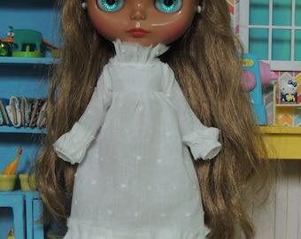 White long Ruffle Dress for Blythe doll