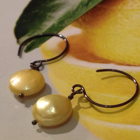 Lemon Meringue - freshwater coin pearl and oxidized sterling earrings - made to order