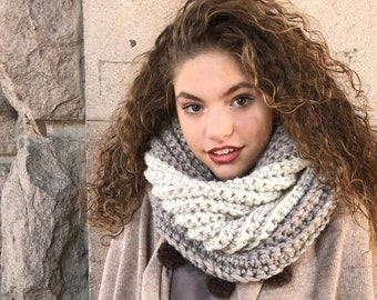 Crochet Ombre Scarf with Cute fluffy pom poms/ Infinity Ombre Cowl/ Loose Loop Scarf, Tri Colors Cowl, Mocha Winter Scarf, Chunky Cowl Scarf