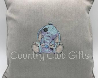 Elephant pillow | decorative pillow | Elephant baby shower | Nursery decor | baby gift | jungle theme | Baby Girl Gift | Baby Boy Gift