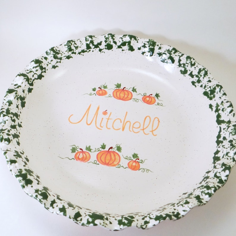 Thanksgiving Pie Plate Personalized Ceramic Pie Dish Pumpkin Pie Plate Hand Painted Fall Bakeware Pumpkin Spice Personalized Pie Dish