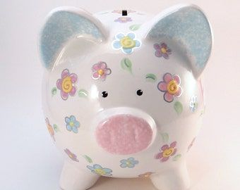 Daisy Piggy Bank, Personalized Piggy Bank, Piggy Bank with Flowers, Girls Pastel Piggy Bank, Garden Theme Bank, with hole or NO hole