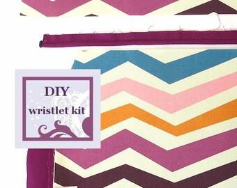 diy handbag kit - chevron print wristlet - pre cut fabric with PDF pattern