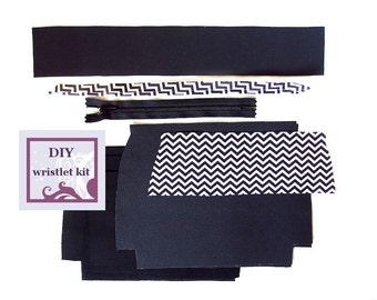 diy handbag kit - black and white chevron wristlet - pre cut fabric with PDF pattern