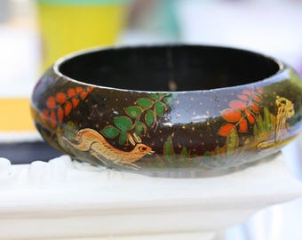 12775eeb9aa Kashmir India Hand Painted Papier Mache Wildlife Scene bracelet