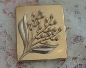 Vintage Plato Compact, Dressy Pearl Flower Compact, Marked Plato, Includes Original Box
