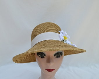 105761e9f85 Straw Sun Hat With Vintage Daisy Trim   Lampshade Brim Sun Hat   Retro  Inspired Womens Hat   Vegan Hat   Womens Hat   Downton Abbey Hat