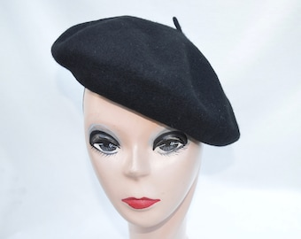 abf8da3dc26d Black 100 % Wool Beret / French Inspired Beret / Black Classic Parisienne  Beret / Oversized Beret With Adjustable Tie / Free Shipping!