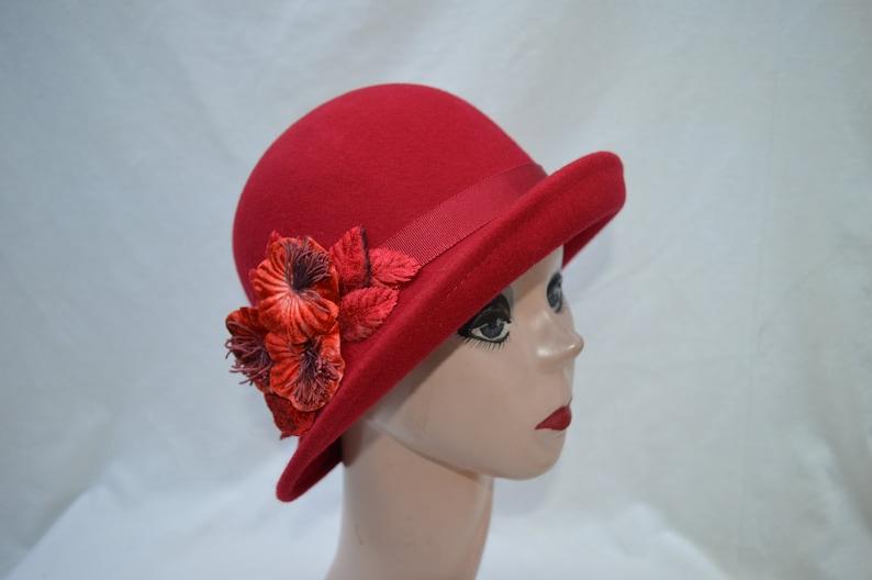 b375b4550 Red Wool Felt Cloche Hat With Felt Flower Trim / Wool Felt 1920's Style  Cloche Hat / Downton Abbey Hat / Winter Felt Cloche Hat