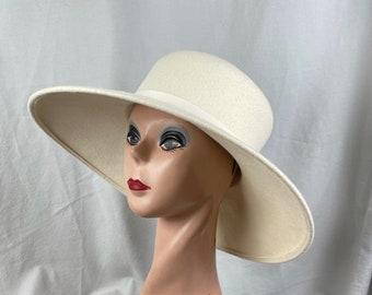 Cream Wool Felt 5 Inch Large Brim Downturned Brim Hat / Cream Felt Large Brim Hat / Vintage Inspired Hat / Fashion Hat