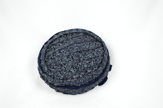 1950s Vintage Navy Crocheted Raffia Day Hat / Vin… - image 9