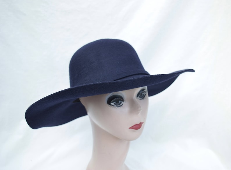 f9a5b87b5 Wide Brim Floppy Navy Wool Felt Large Brim Navy Hat / Womens Wide Brim  Winter Hat / Boho Wide Brim Navy Felt Hat