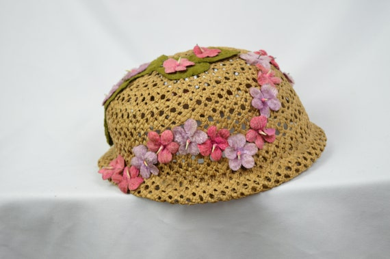 Vintage 1960's Crocheted Straw Cloche Hat With Ve… - image 10