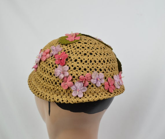 Vintage 1960's Crocheted Straw Cloche Hat With Ve… - image 5