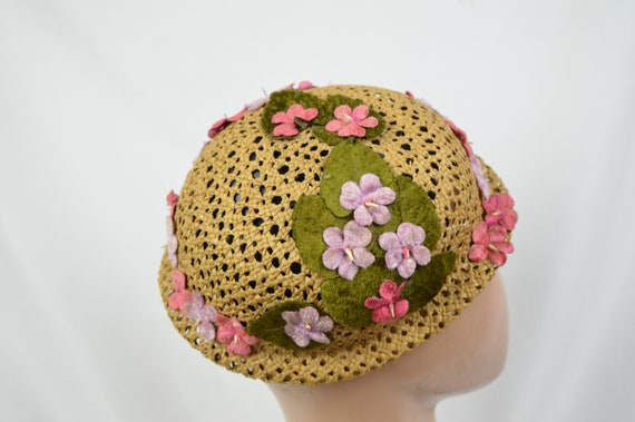 Vintage 1960's Crocheted Straw Cloche Hat With Ve… - image 8