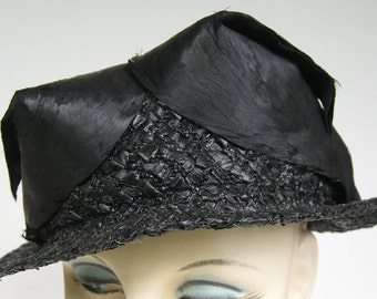 962cf9d86f7 Edwardian Vintage Black Straw Women's Hat w/ Black Bird Feathers