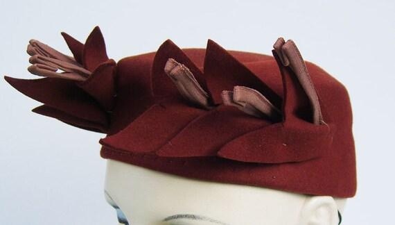 Vintage 1930s Rust Color Felt Women's Deco Hat