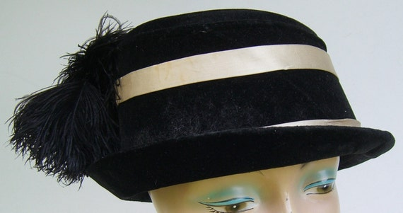 Edwardian Vintage Black & White Women's Hat