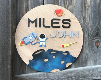 "Astronaut and Rocket sign | Boys Room Decor | Outer Space Name Sign | New baby Gift | Boys Nursery Decor | Round name sign 18 - 24"" round"