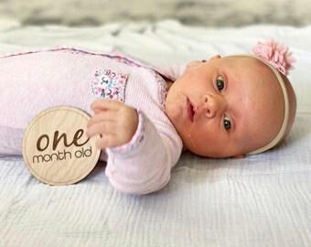 Baby Milestone Cards | Wooden Milestone Plaques | Monthly Milestones | Baby Age Photo Props | Age Milestones | Baby Shower Gift