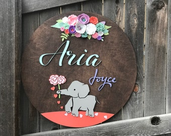 "18"" 20"" or 22"" Round Floral Name Plaque 