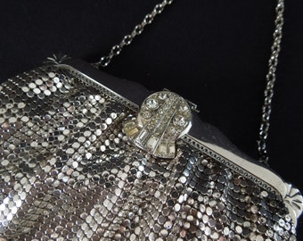 Vintage Mesh style evening bag with Rhinestone Clasp