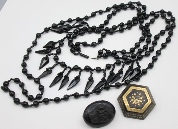 Victorian Black Mourning Necklace, Brooches, Antiq