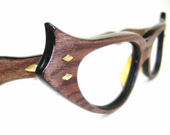 4ce9e6057ecc Vintage French Winged Wood Grain Cat Eye Eyeglasses Frame UNIQUE