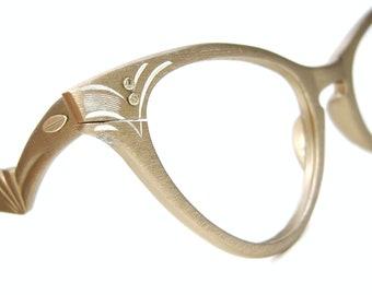 13830769c863 Vintage 1950s Cat Eye Glasses Eyeglasses or Sunglasses Aluminum Frame Titmus