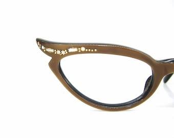 163558ad29f Vintage Pointy 50s Cat eye Glasses With Decorative Rhinestones Frame France