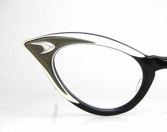 b72327e06f3d Vintage 50s Winged Cat Eye Eyeglasses AO Frame