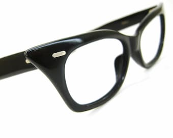 Vintage Black 50s Pointy Cat Eye Eyeglasses Frame