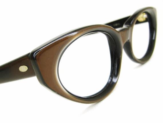 Vintage 60s Brown Cat Eye Eyeglasses Sunglasses Fr