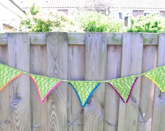 Crochet Garland, green