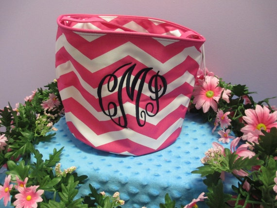 Bucket Tote Monogrammed Small Hot Pink Chevron