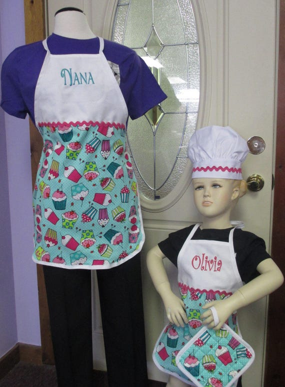 Personalized Apron Cupcake Adult or Child Size with Chef Hat and Hot Pad-FREE SHIPPING