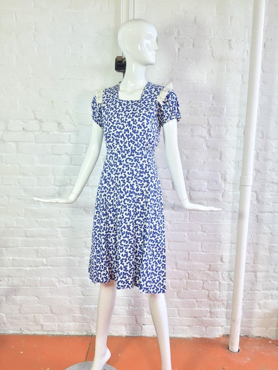 Vintage 1930s dress / 30s blue and white puff sle… - image 7