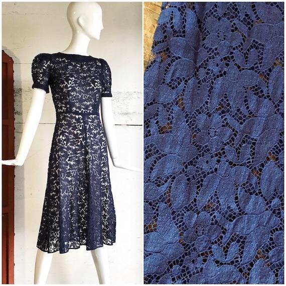 Vintage 1930s dress / 30s novelty puff sleeve barn