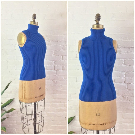 90s y2k minimalist royal blue ribbed knit cotton s