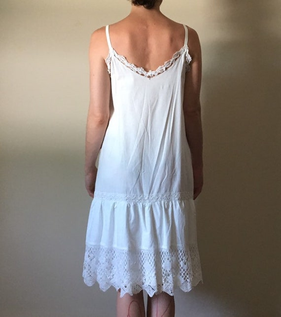 White Cotton and Vintage Lace Dress - image 5