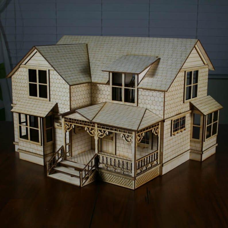 Crockett Victorian Dollhouse Kit 1/2 Scale image 0