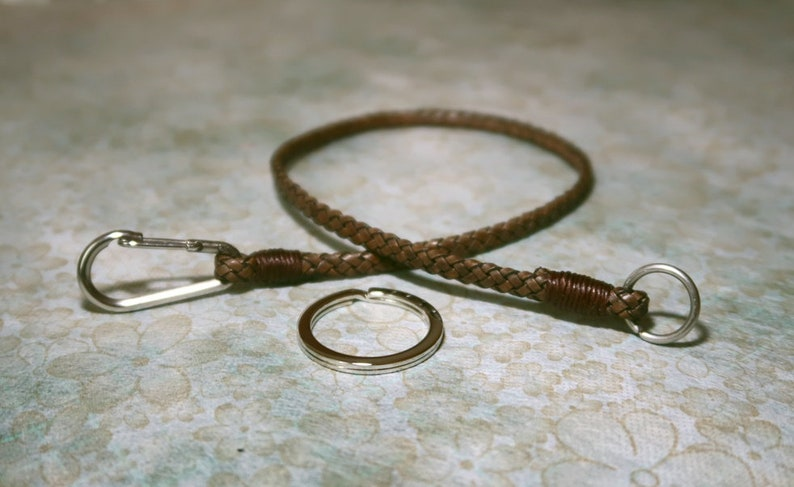 """Braided Leather Keychain Key Fob Key Chain 4/"""" Length"""