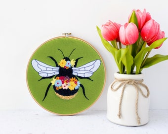 Floral Bee Hand Embroidery Kit