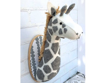 Faux Taxidermy Felt Giraffe Trophy Head Pattern pdf instant download