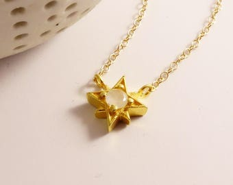 Star Moonstone Necklace, Star Necklace, Gold Star, Moonstone Star, Birthstone, June Birthstone, North star, Gemstone necklace, Gold star