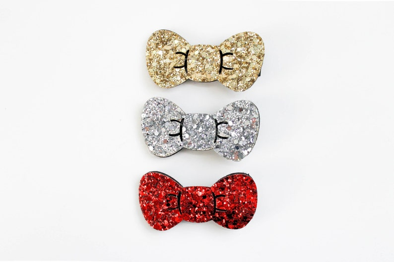 Glitter Hair Bow Hello Kitty Style Bow Sparkle Red Clip  cf88254e1488c
