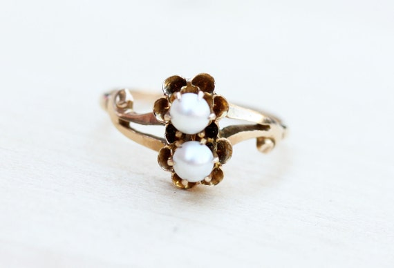 Pearl Gold Ring, Gold Bypass Ring, Victorian Pearl