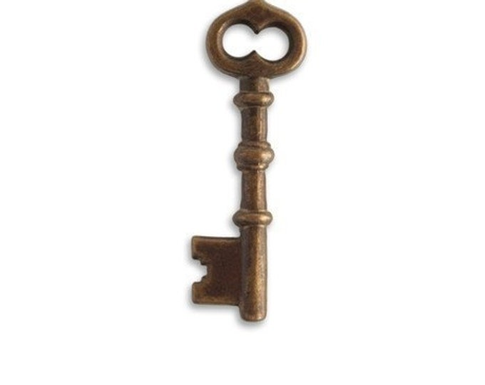 2 pieces of  brass Skeleton Key - 43 x 13mm  by VINTAJ -  DP401